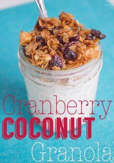 Homemade Cranberry Coconut Granola! Yum! I love granola and I love cranberries & coconut, so this is the perfect combination!   #Betterwithcraisins #ad