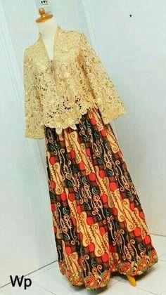 Kebaya wisuda Kebaya Muslim, Kebaya Hijab, Kebaya Brokat, Dress Brokat, Kebaya Lace, Batik Kebaya, Kebaya Dress, Batik Dress, Kimono