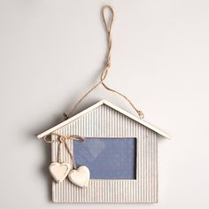 https://www.sassandbelle.co.uk/Beach Hut Stripy Blue Photo Frame