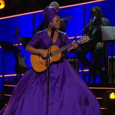 Check out this performance by India.Arie. at the 60th Grammy Awards