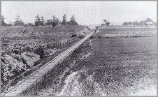 Railroad Cut at Gettysburg Us History, American History, Gettysburg National Military Park, Gettysburg Battlefield, Harpers Ferry, War Image, America Civil War, Old Photos, Wisconsin
