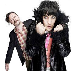 The Mighty Boosh - Noel Fielding and Julian Barrat Noel Fielding, British Humor, British Comedy, Pretty Men, Beautiful Men, The Mighty Boosh, Mighty Mighty, Prince Girl, Julian Barratt