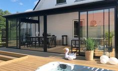 Beddinge, Kalter Winter, Outdoor Rooms, Outdoor Decor, Glass Extension, Lean To, House Extensions, Winter Garden, Conservatory