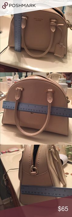 Kate spade patent leather purse with strap It's beige colored. Worn a few times and no signs of stain or tears. Like new conditions. Thanks for looking!!! Bags Crossbody Bags