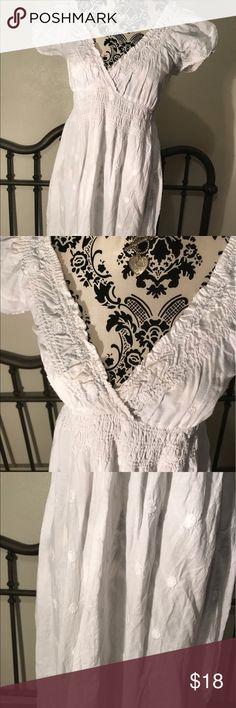 White pooka dot sun dress... cotton White pooka dot sun dress 100% cotton... little wear🦋 cute options Dresses Midi
