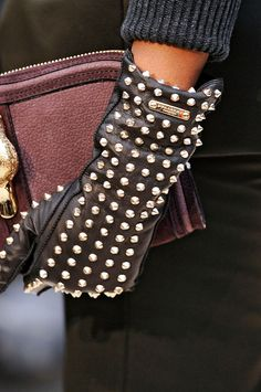 Burberry gloves F/W 2012