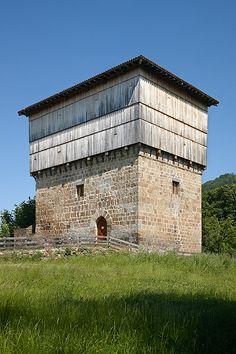Casa Torre de Doña María. Navarra. Doña María Tower House. Navarre. © Iñaki Caperochipi Photography