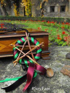Witch Star necklace Wicca Star necklace witch star por FamDdaear