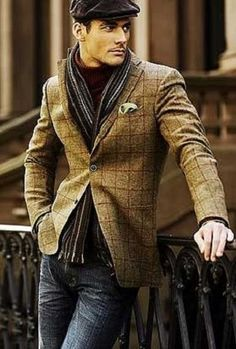 Loving the dressed up jean look for men! Men's Fashion