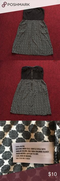 "Strapless black & off white dress Zip back . Size M. 2 front side pockets. Waist to hem 20"" Dresses Strapless"