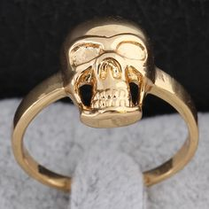 Fashion 18K Gold Plated Copper Ring Inlay Zircon Skull Shape High Quality Rings Two Sizes