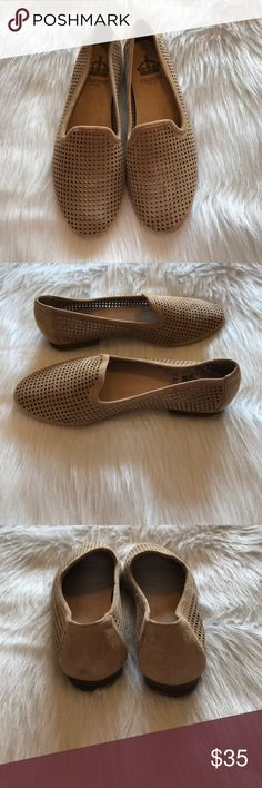 SALE! Tan Suede Cutout Flats Excellent condition, never worn Flats. Tan Suede Flats with cutout pattern. Features a tiny mark of wear on the back of one heel as pictured Shoes Flats & Loafers