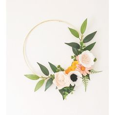 Wreath Wreaths Flower Wreath Spring Wreath by alisonmichel How to Get the Bride Arrangement and Felt Flower Wreaths, Felt Flowers, Paper Flowers, Wedding Wreaths, Diy Wedding Decorations, Wedding Flowers, Wedding Gold, Wedding Ideas, Spring Wedding