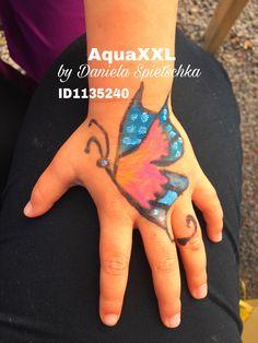Mit GONIS Buntstiften AquaXXL habe ich diesen bunten Schmetterling geschminkt.
