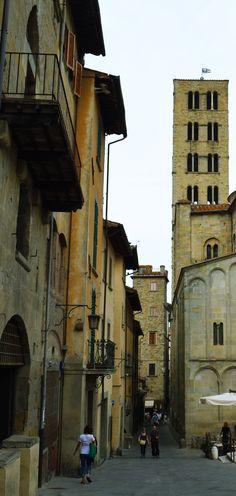 Arezzo - Italy #arezzo #italy #toscana #medieval #piazza #italia #tuscany #tower