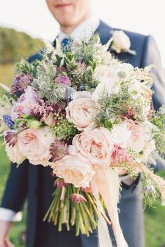 An English Country Garden Style Wedding at Woodhill Hall. Pastel wedding bouquet. Image by Eve Photography. Read more: http://bridesupnorth.com/2016/01/07/naturally-elegant-an-english-country-garden-style-wedding-at-woodhill-hall-emma-patrick/