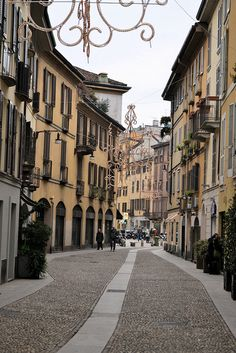 Milan, Italy - shopping trip planned and trip down memory lane of a wonderful holiday with the London girls in 2000. poignant reminder of fun days with my lovely friend Kiera sadly missed. We'll have a drink on you xxx