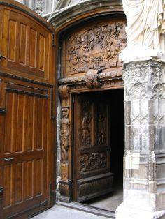 Church door in Avignon, France