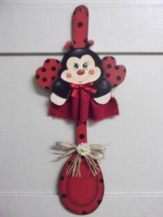 Colher decorada joaninha | Artesanatos Ingrid Carvalho | 16E567 - Elo7