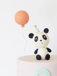 Panda Birthday Cake, First Birthday Cakes, Birthday Cake Toppers, Bolo Panda, Bolo Barbie, Panda Cakes, Jungle Cake, Second Birthday Ideas, Panda Party