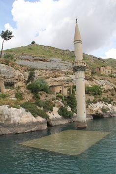 Halfeti / Şanlıurfa, Türkiye Beautiful World, Beautiful Places, Travel Around The World, Around The Worlds, Places To Travel, Places To Visit, Bulgaria, Republic Of Turkey, Desert Dream