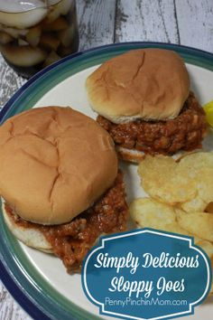 Sloppy Joes Recipe | www.pennypinchinmom.com  #kidfood