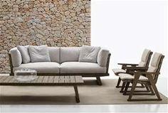 Sofas: GIO – Collection: B&B Italia Outdoor – Design: Antonio Citterio