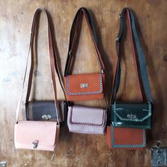 Leather purse Leather Purses, Salvatore Ferragamo, Flats, Shoes, Fashion, Loafers & Slip Ons, Moda, Zapatos, Leather Handbags