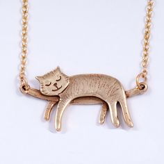 "Sleeping Cat Pendant (Bronze) with 18"" Link Chain"