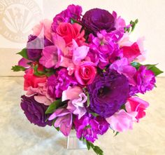 bouquet of stock, lissi roses and sweet peas