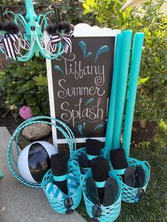 Start summer vacay with a pool party! Flip flops, pool noodles, and towels make great party favors! See our Tiffany-inspired party here: http://www.lauraslittleparty.com/2017/05/tiffany-summer-splash-pool-party-ideas.html