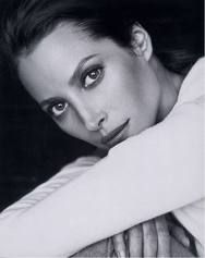 Bauhaus Christy Turlington Burns - Beautiful supermodel and advocate for maternal health Marlene Maureen O' Hara, the best woman to play opp. Christy Turlington, Maybelline, Divas, Black White Photos, Black And White Photography, Most Beautiful Women, Beautiful People, Original Supermodels, Linda Evangelista