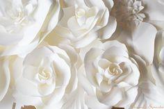 paper flower backdrop. Large paper flower. #paperbackdrop #PaperFlowerBackdrop #PaperRose #PaperFlower #DragonflyExpression www.weddingpaperflower.com