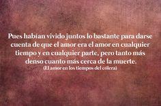 21 Bellas frases literarias de Gabriel García Márquez que nunca pasarán de moda Gabriel Garcia Marquez Quotes, Education Humor, Bukowski, Animal Quotes, Keep In Mind, Book Quotes, Cool Words, Poems, Feelings