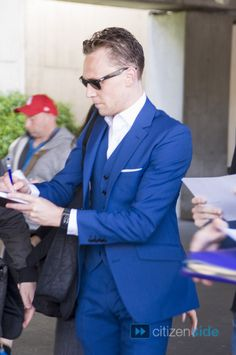 Tom Hiddleston in Cannes - People - Citizenside