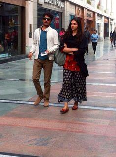 """Piku"" diaries: Deepika and Irrfan clicked | PINKVILLA"