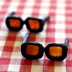 Stained Sunglasses Cookies, a twist on the stained glass cookies usually made during the holidays for the summertime