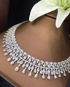 @petchchompoojewelry. Diamonds Necklace