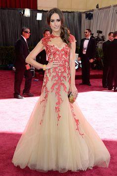 Todas las imágenes de celebrities y alfombra roja de los Oscars 2013: Louise Roe de Monique Lhuillier