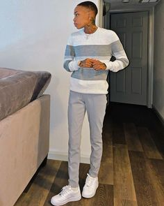 Teen Swag Outfits, Lesbian Outfits, Cute Lesbian Couples, Girl Outfits, Fashion Outfits, Androgynous Fashion, Tomboy Fashion, Tomboy Style, Dyke Girls