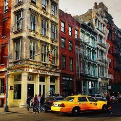 "russ_nyc: ""Somewhere in SoHo.  #nyc #newyork #manhattan #newyorkcity #ny #usa #nature #centralpark #beatiful #timessquare #brooklynbridge #нй #ньюйорк #сша #природа #манхэттен #dumbo #highline #soho #sunset #небо #coneyisland #закат #empirestateofmind #gotham #bigapple #iloveny #fall #autumn"""