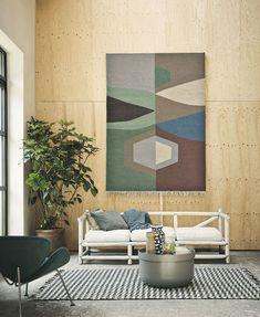 Brink and Campman Kashba Tipi 48905 geometriai mintás gyapjú szőnyeg Living Room Paint And Wallpaper, Rugs In Living Room, Living Room Decor, Contemporary Home Furniture, Diy Wall Decor, Home Decor, Modern Rugs, Nail, Wall Rug Hanging