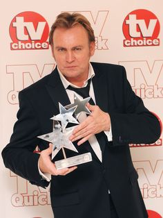 Philip Glenister Photos - Philip Glenister, Winner of the Best Actor Award at the TV Quick & TV Choice Awards at The Dorchester on September 2009 in London, England. Mars Tv Show, Diana Hardcastle, Emily Reid, Tamsin Greig, Adam James, Tom Wilkinson, John Simm, Julian Fellowes, State Of Play