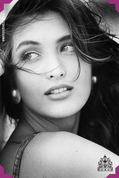 Carolina Izsak. Miss Venezuela 1991. Su reinado duró 16 meses, siendo el más largo de la historia del certamen