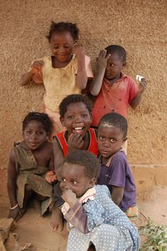 Super Ideas For Beautiful African Children South Africa Kids Around The World, We Are The World, People Of The World, Beautiful Smile, Beautiful Children, Little People, Little Ones, Innocent Child, African Children