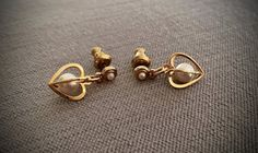 Vintage Heart Shaped Gold Toned Dangle Earrings with Faux