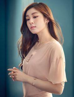 Kim Yuna J Estina Pictorial Autumn 2016 Korean Celebrities, Celebs, Kim Yuna, Beautiful Athletes, Olympic Champion, Sports Stars, Korean Women, Ladies Golf, Sport Girl