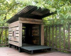 Pallet Dog House DIY