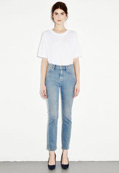 White Tee | Jeans