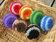 Kitchen scrubbies made with tulle to make them scrubbier!  :)